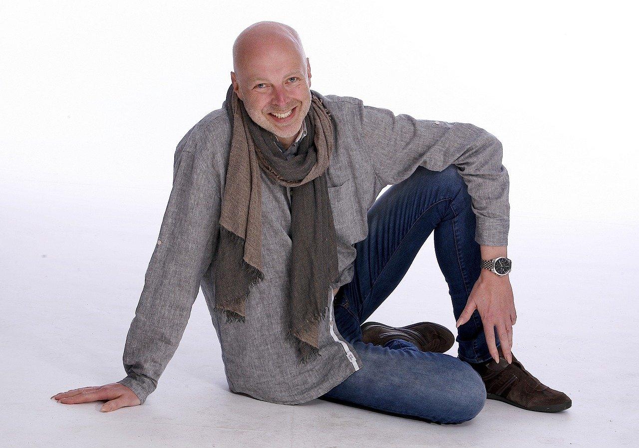black, sitting, scarf